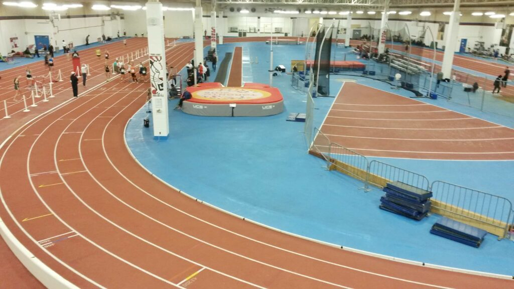 The 6 Best Indoor Tracks in Toronto www.carmyy.com