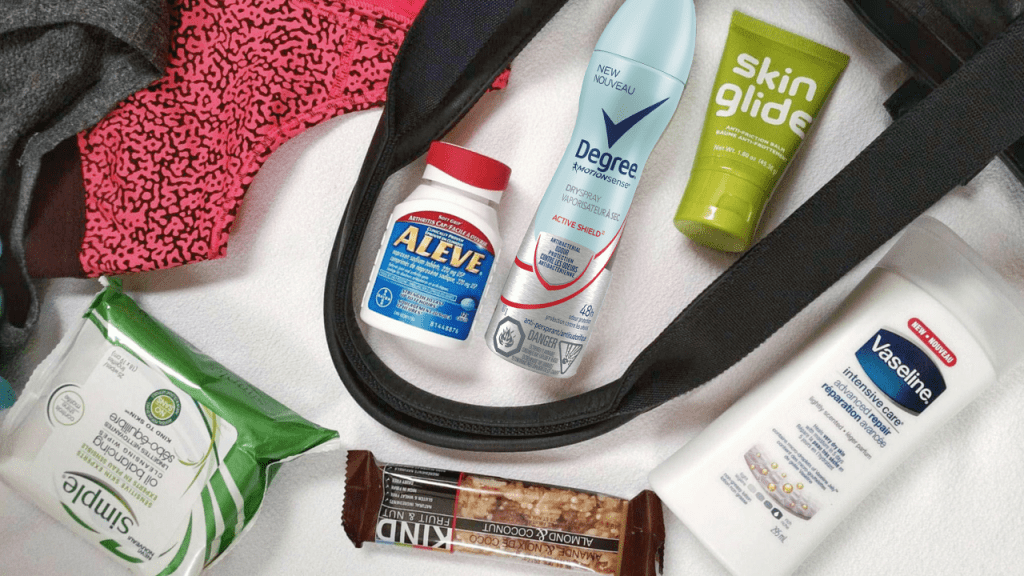 What's in my gym bag! www.carmyy.com
